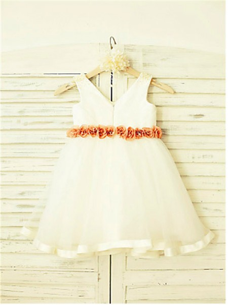 A-line/Princess Sleeveless Tulle Tea-Length Hand-Made Flower V-neck Flower Girl Dresses